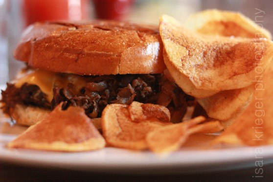 Horseradish Dijon, sauteed mushrooms, caramelized onions, house chips, sharp American $13.